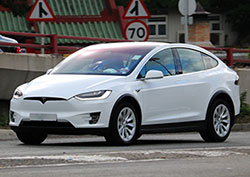 تسلا Tesla-Model-X